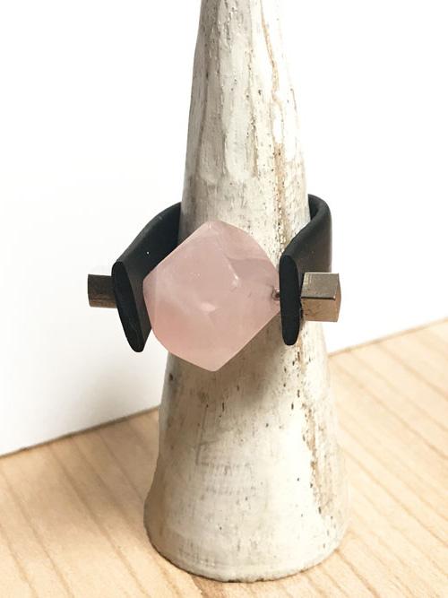 anillo-gina-cuarzo-rosa-
