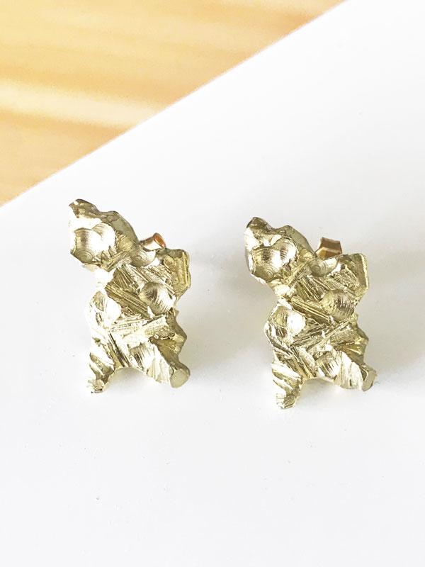 pendientes-meteorito-corto-dorado
